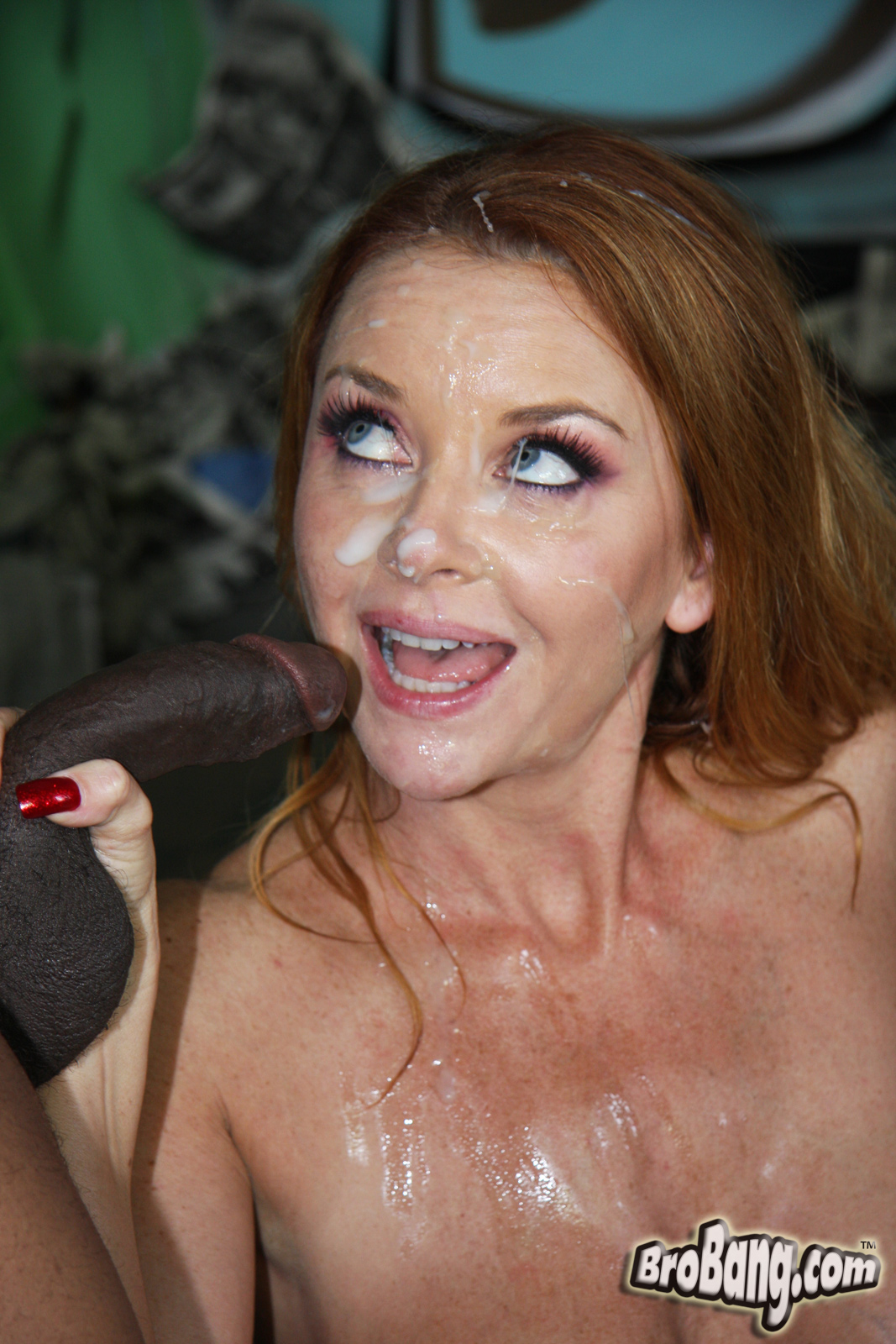 Fuck pictures wife redhead cum she looking she